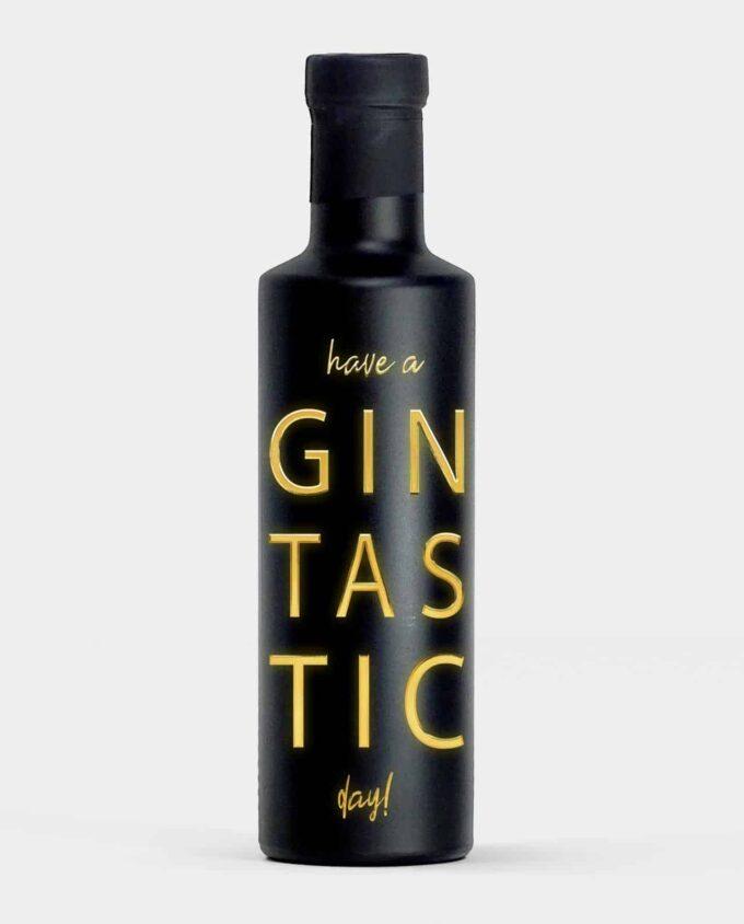 Premium Gin mit Spruch